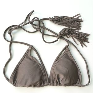 NWOT O'Neill LUX SOLIDS TRI Bikini Top only